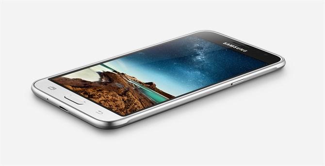 Samsung Galaxy J3 oficjalnie