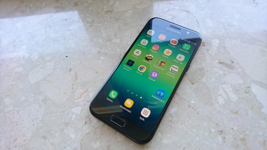Samsung Galaxy A5 (2018) pojawił się w Geekbench
