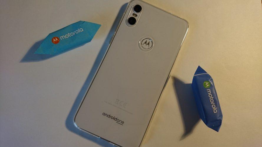 Motorola Moto One - recenzja, test, opinia